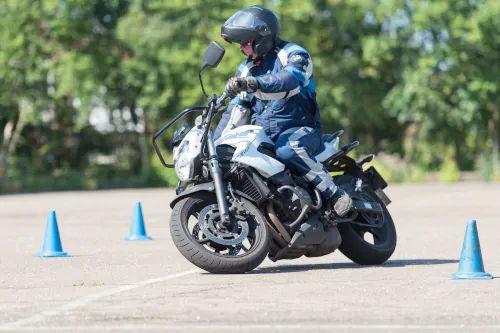 Motorrijbewijspoint Dordrecht motor rijtest